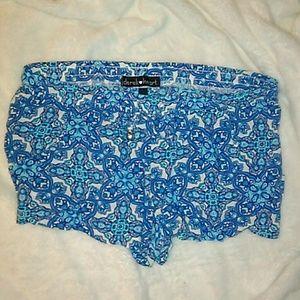 EUC Derek Heart Floral Print Shorts size Medium 💥